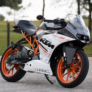 دانلود Extreme Highway Bike Racing بازی موتورسواری در بزرگراه اندروید